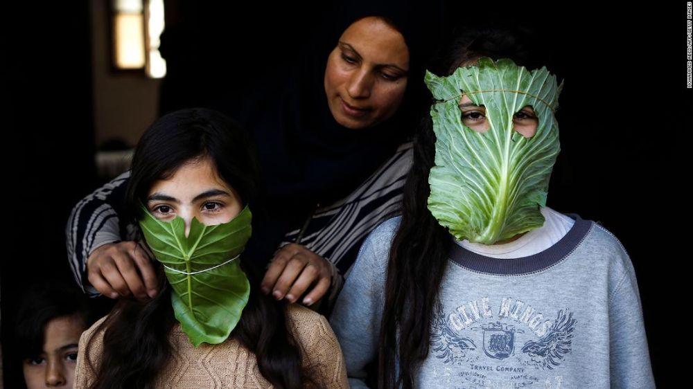 200417145814-01-creative-homemade-masks-trnd-super-tease.jpg